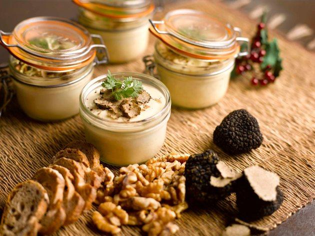 Mezza 9 - Mason Egg, slow cooked egg, winter truffle flan, potato, walnut crostini - Review by Gourmet Adventures