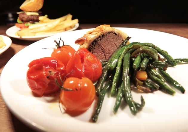 Greenhouse Truffle Rhapsody Thursdays - Beef Wellington - Review by Gourmet Adventures
