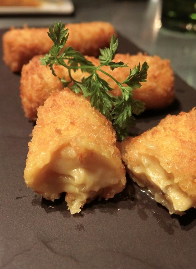 La Taperia Seafood Croquetas - Review by Gourmet Adventures