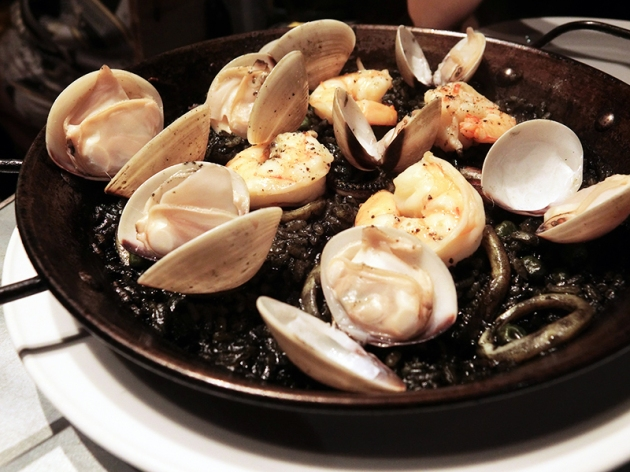 La Taperia Squid Ink Paella - Review by Gourmet Adventures