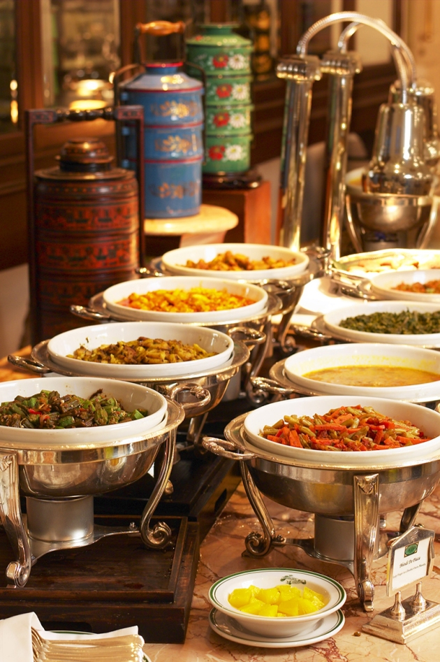 Raffles Singapore - Tiffin Room Curry Buffet - Review by Gourmet Adventures