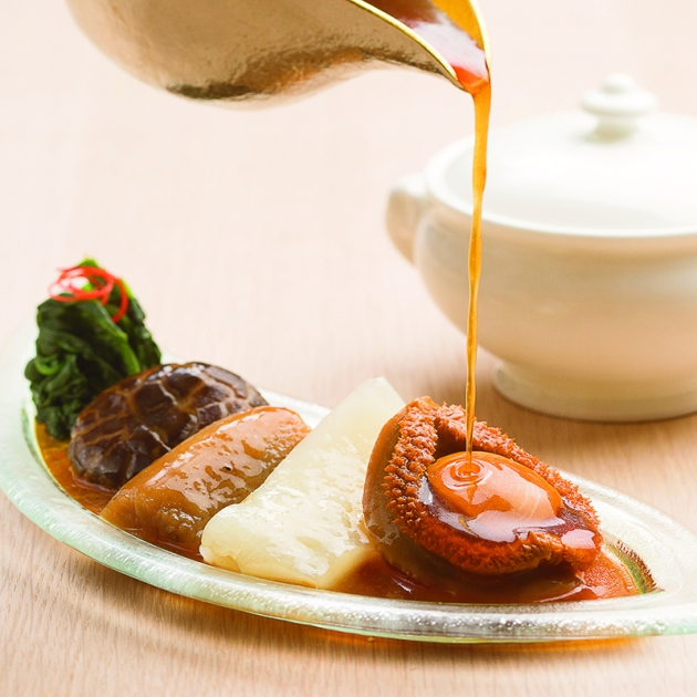 Yan Cantonese Restaurant, National Gallery Singapore - Braised 4 heads whole abalone and sea cucumber, fish maw and mushroom with braised mini buddha jumps over the wall accompanied with double-boiled conpoy soup - Review by Gourmet Adventures