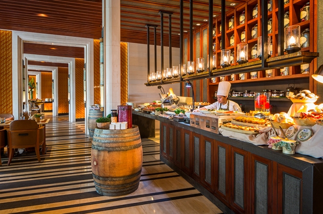 Capella Singapore Sunday Brunch - Breads & Pastries - Review by Gourmet Adventures