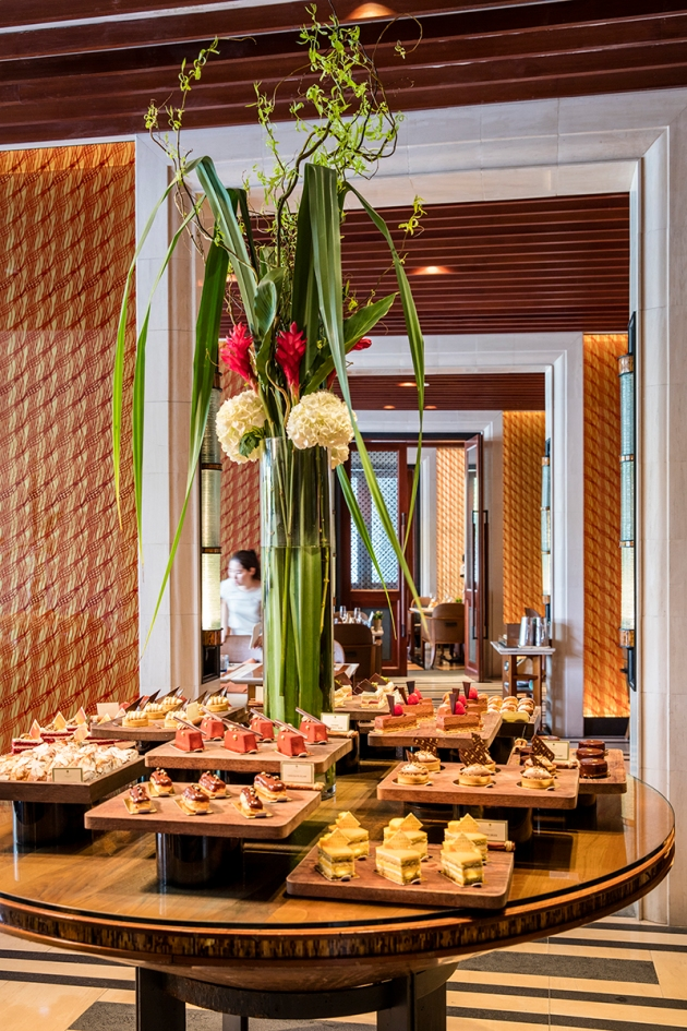 Capella Singapore Sunday Brunch - Dessert Table - Review by Gourmet Adventures