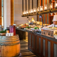 An Extravagant Sunday Brunch at The Knolls, Capella Singapore