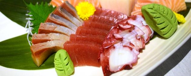 hokkaido-sushi-panel-sashimi-platter-gourmet-adventures