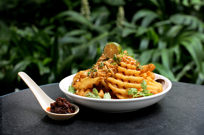 loof-bjorn-shen-chili-crab-fries-review-by-gourmet-adventures