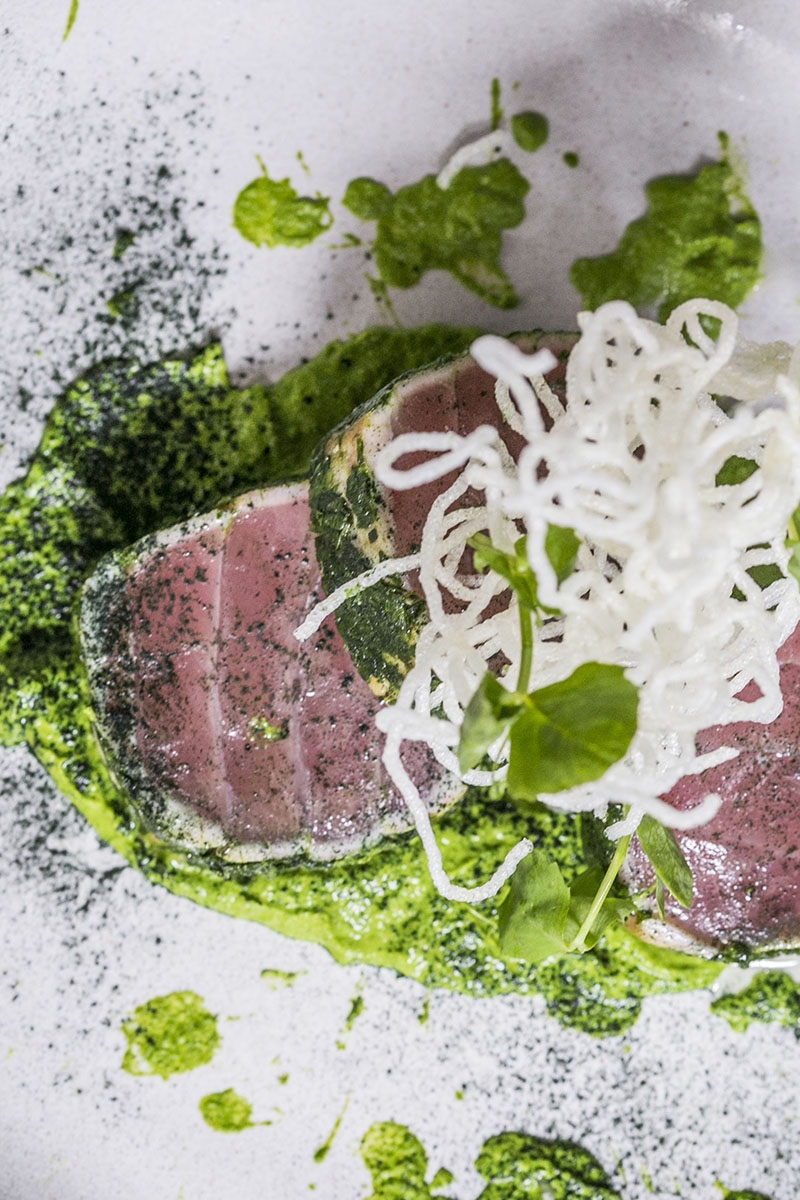 neon-pigeon-herb-crusted-tuna-tataki-review-by-gourmet-adventures